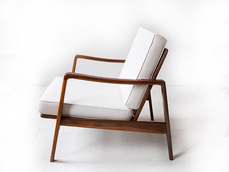 Spiksplinternieuw Deense fauteuil van Arne Wahl Iversen (sold) - Vintage Furniture Base NP-97