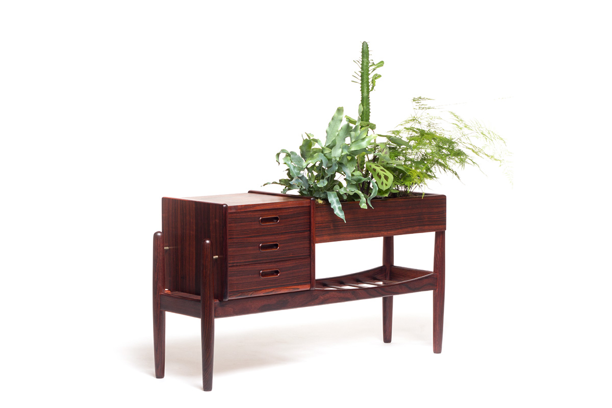Danish Design Meubels : Rosewood danish planter by arne wahl iversen sold vintage